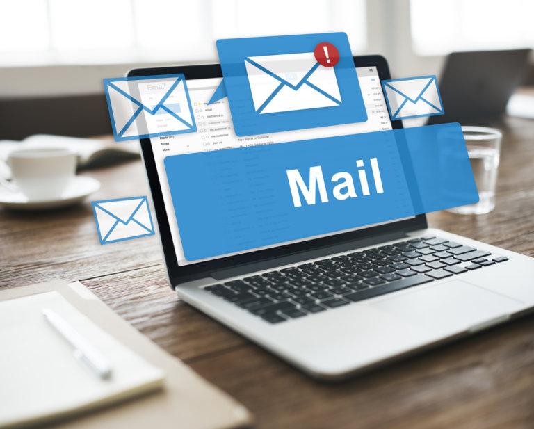 Envío masivo de emails confirmación servicios
